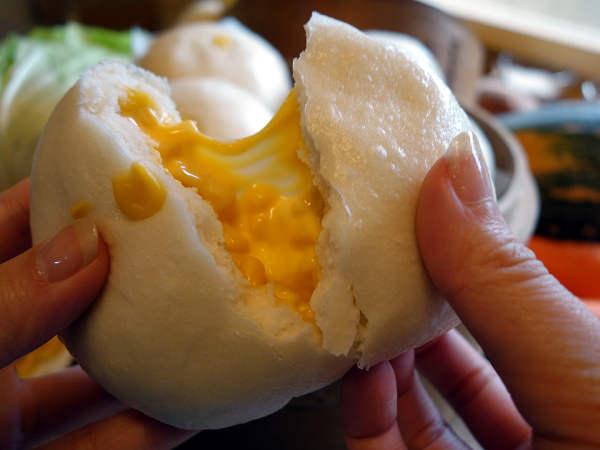 超好吃的 爆漿玉米起司饅頭